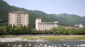 S-014 【貸切バスの旅】〈岐阜県 下呂温泉〉日本の伝統を伝える老舗のお宿【水明館】